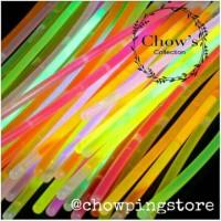 Glow stick/ glow stik / gelang glow in the dark