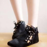 Harga Sepatu Boot Wanita Tali Travelbon.com