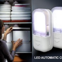 Lampu LED Lemari Otomatis / LED Automatic Closet Light