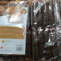 Lee Chocolate flavoured cream biscuits Biskuit dengan krim coklat 16pc