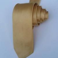 Jual dasi satin 7cm gold Murah