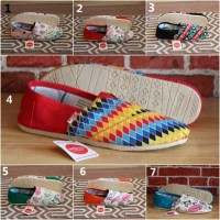 Sepatu Wakai Slop Casual Import Wanita Original Vietnam