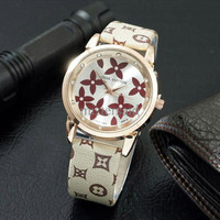 Jam Tangan Wanita / Cewek Louis Vuitton LV SK15 Leather Cream