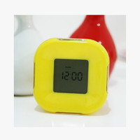 Jam Weker Warna Warni Bentuk Kotak - HHM318