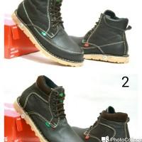 Sepatu kickers boot kulit/sepatu casual/sepatu kulit untuk pria
