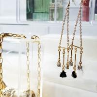 MUGGEE drop earrings