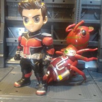 Mainan Action Figure Ant Man Set With Ant