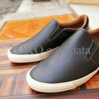 LARIS Sepatu casual slip on AIRWALK FRL original 100% promo murah KER 8f034a4d83
