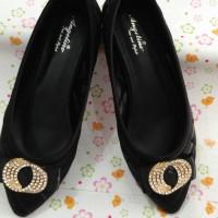 Sepatu wanita angeline