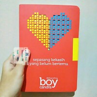 Buku Novel Sepasang Kekasih by Boy Candra