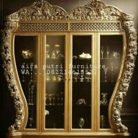Lemari hias gold antiq