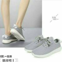 sepatu adidas yeezy kw MURAH / sepatu olahraga kets wanita replika