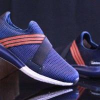 harga Sepatu Pria Sneakers Adidas Ultraboost Slip On Asli Import Vietnam Tokopedia.com