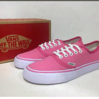 Sepatu Sneakers Vans Fashion Wanita Terbaru/Trend 2017/Limited/SPTK259