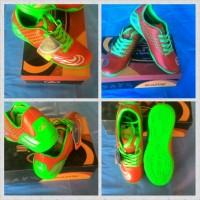 Sepatu Futsal Dans Barera