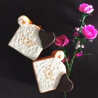 Squishy rikkuma toast super jumbo, bisa buat naruh hp