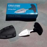 Pisau cold steel urban