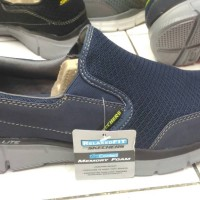 Skechers relaxed fit air cooled memory foam no box