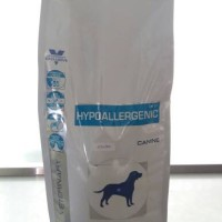 Makanan anjing hypoallergenic khusus kulit sensitiv