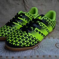 sepatu futsal anak size 33-37 hijau