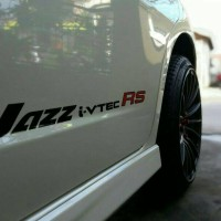 stiker mobil Honda Jazz i-vtec RS. JDM Style!!