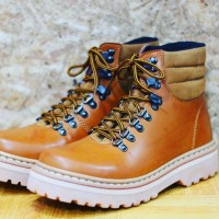 Sepatu Boots Ket's Orang Wood For Safety