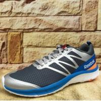 sepatu lari running gym fitness reebok 100% original