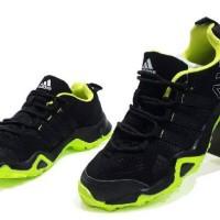 sepatu pria sport adidas x2 traxion made in vietnam black green