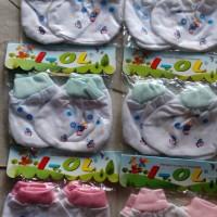 sarung tangan kaki bayi