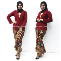 Setelan batik Bta