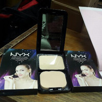 Special NYX TWO WAY CAKE SUNCREEN FLAWLESS VIT E