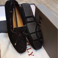 sepatu loefers Bally suede Leather