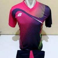 Setelan Futsal, Kostum Tim, Jersy Bola, NB Merah Muda kombinasi garis