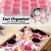 Laci Organizer (1 set isi 8 keping untuk membentuk sekat pada laci)