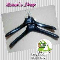 Harga hanger pakaian 1 lusin bahan kuat berkualitas display cantik | antitipu.com