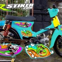 Stiker striping motor pitung honda c70 tema airbrush