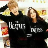 Sweater Beatles Couple