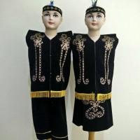 Baju Adat Dayak Anak / Pakaian Adat Dayak (Kalimantan Timur)