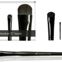"ELF Eyeshadow ""C"" Brush"