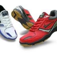 harga sepatu badminton eagle win / volly volley asics professional mizuno Tokopedia.com