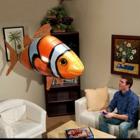 Flying Fish / Air Swimmer Clownfish (Nemo)