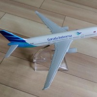 Miniatur Diecast Pesawat Terbang Garuda Indonesia Besi