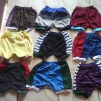 celana pendek anak / celana bayi