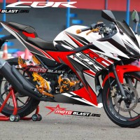 Decal stiker New CBR150R White RC RED