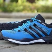 harga Sepatu Adidas Terrex Boost Series Man 01 Casual Sneaker Running 40-44 Tokopedia.com