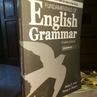 Buku FUNDAMENTAL ENGLISH GRAMMAR (FOURTH EDITION) with Answer Key