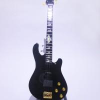 Mainan Miniatur Bass Schecter Black Johnny Christ A7X Signature