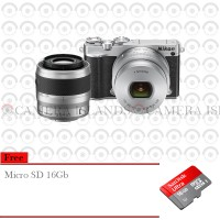 Nikon 1 J5 Double Lens (10-30, 30-110) Mirrorless Kamera + 16GB Hitam