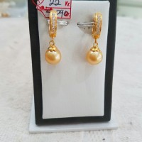 Anting Emas Mutiara Air Laut