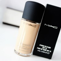 MAC Studio Fix Fluid SPF 15 Foundation Kode NC20 (100% ORIGINAL)